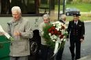 В день освобождения на военном кладбище Таллина_12