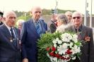 В день освобождения на военном кладбище Таллина_13