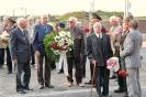 В день освобождения на военном кладбище Таллина_15
