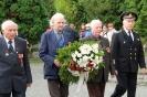 В день освобождения на военном кладбище Таллина_26