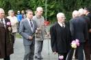 В день освобождения на военном кладбище Таллина_28