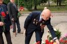 В день освобождения на военном кладбище Таллина_55