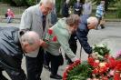 В день освобождения на военном кладбище Таллина_61